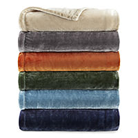 Home Expressions Velvet Plush Solid Throw (JCPenney)
